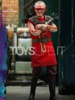 hot-toys-marvel-thor-ragnarok-stan-lee-1:6-toyfair-exclusive-figure-toyslife-icon
