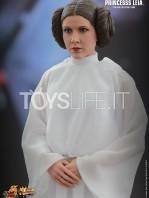 hot-toys-princess-leia-toyslife-02