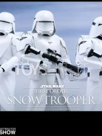 hot-toys-snowtrooper-first-order-toyslife-03