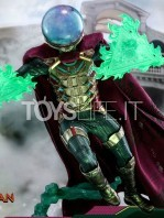 hot-toys-spiderman-far-from-home-mysterio-1:6-figure-toyslife-11