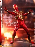 hot-toys-spiderman-iron-spider-1:6-figure-toyslife-02