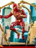 hot-toys-spiderman-iron-spider-1:6-figure-toyslife-10