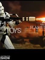 hot-toys-star-wars-awakens-flametrooper-toyslife-02