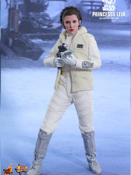 hot-toys-star-wars-princess-leia-sixth-scale-toyslife-icon