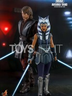 hot-toys-star-wars-the-clone-wars-ahsoka-tano-1:6-figure-toyslife-08