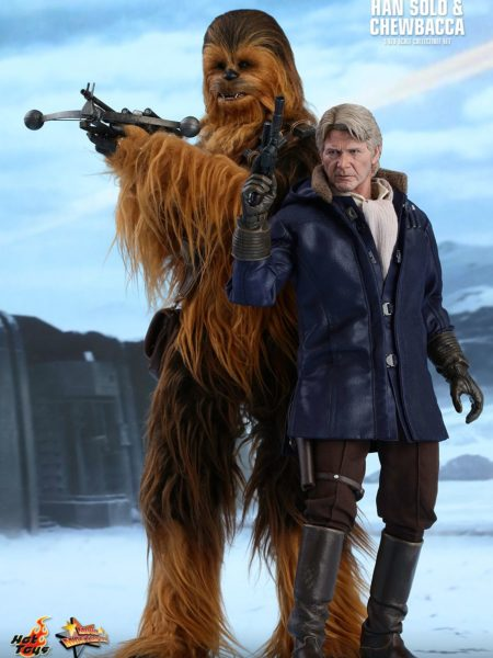 hot-toys-star-wars-the-force-awakens-han-and-chewbacca-sixth-scale-set-toyslife-icon