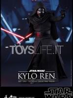 hot-toys-star-wars-the-force-awakens-kylo-ren-toyslife-01
