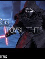 hot-toys-star-wars-the-force-awakens-kylo-ren-toyslife-04