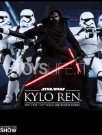 hot-toys-star-wars-the-force-awakens-kylo-ren-toyslife-06