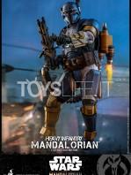 hot-toys-star-wars-the-mandalorian-heavy-infantry-1:6-figure-toyslife-04