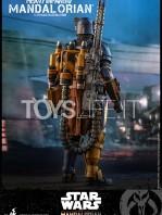 hot-toys-star-wars-the-mandalorian-heavy-infantry-1:6-figure-toyslife-09