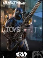 hot-toys-star-wars-the-mandalorian-heavy-infantry-1:6-figure-toyslife-10