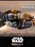hot-toys-star-wars-the-mandalorian-heavy-infantry-1:6-figure-toyslife-14