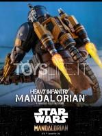 hot-toys-star-wars-the-mandalorian-heavy-infantry-1:6-figure-toyslife-16