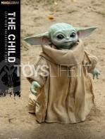 hot-toys-star-wars-the-mandalorian-the-child-lifesize-figure-toyslife-icon