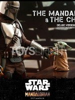 hot-toys-star-wars-the-mandalorian-the-mandalorian-and-the-child-deluxe-figure-toyslife-08