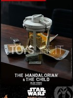 hot-toys-star-wars-the-mandalorian-the-mandalorian-and-the-child-deluxe-figure-toyslife-15