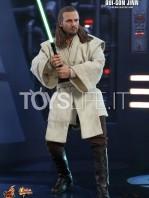 hot-toys-star-wars-the-phantom-menace-qui-gon-jinn-figure-toyslife-04
