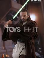 hot-toys-star-wars-the-phantom-menace-qui-gon-jinn-figure-toyslife-06