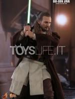 hot-toys-star-wars-the-phantom-menace-qui-gon-jinn-figure-toyslife-07