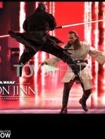 hot-toys-star-wars-the-phantom-menace-qui-gon-jinn-figure-toyslife-12