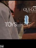 hot-toys-star-wars-the-phantom-menace-qui-gon-jinn-figure-toyslife-14
