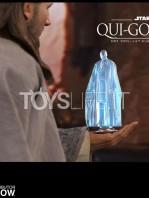 hot-toys-star-wars-the-phantom-menace-qui-gon-jinn-figure-toyslife-16