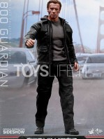 hot-toys-terminator-genisys-figure-toyslife-01