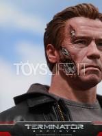 hot-toys-terminator-genisys-figure-toyslife-05