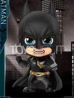hot-toys-the-dark-knight-trilogy-batman-cosbaby-toyslife-01