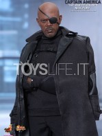 hot-toys-winter soldier-nick-fury-toyslife-02