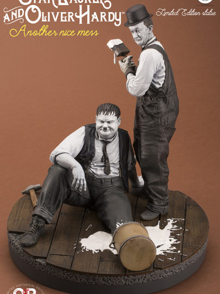 infinite-statue-another-nice-mess-stan-laurel-and-oliver-hardy-toyslife-icon