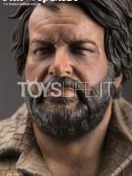 infinite-statue-old-&-rare-bud-spencer-statue-toyslife-04