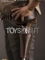 infinite-statue-old-&-rare-bud-spencer-statue-toyslife-05