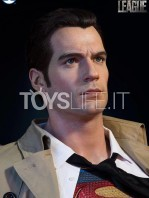 infinity-studio-dc-justice-league-supeman-lifesize-bust-toyslife-07