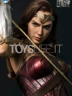 infinity-studio-dc-justice-league-wonder-woman-lifesize-bust-toyslife-02