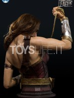 infinity-studio-dc-justice-league-wonder-woman-lifesize-bust-toyslife-03