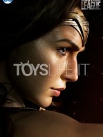 infinity-studio-dc-justice-league-wonder-woman-lifesize-bust-toyslife-06