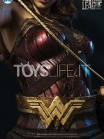 infinity-studio-dc-justice-league-wonder-woman-lifesize-bust-toyslife-09
