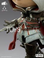 iron-studios-assassin's-creed-ezio-auditore-mini-co-pvc-statue-toyslife-05
