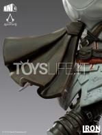 iron-studios-assassin's-creed-ezio-auditore-mini-co-pvc-statue-toyslife-06