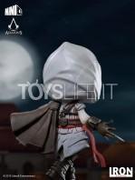 iron-studios-assassin's-creed-ezio-auditore-mini-co-pvc-statue-toyslife-09