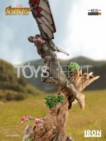 iron-studios-avengers-infinity-war-falcon-1:10-statue-toyslife-06