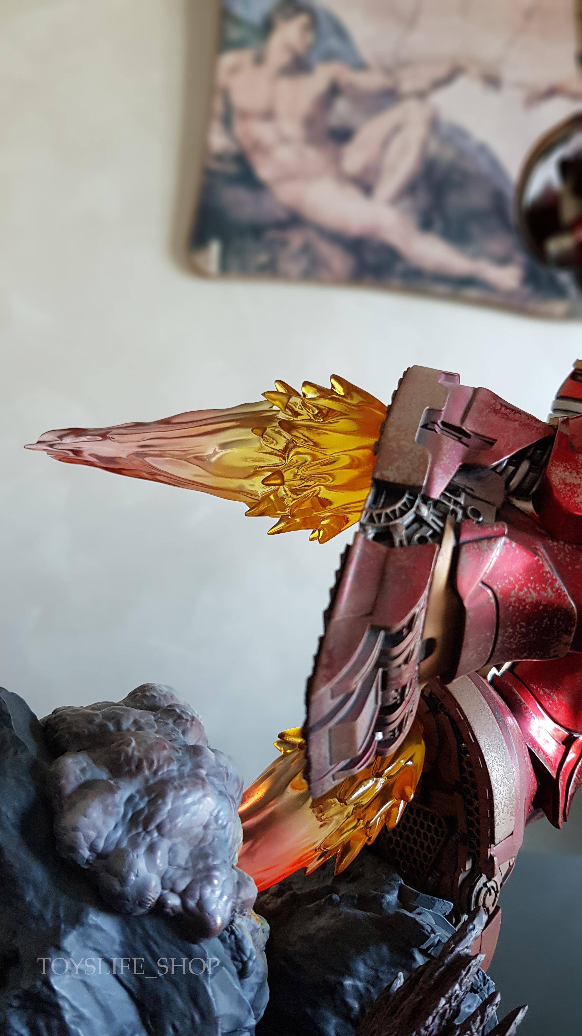 iron-studios-avengers-infinity-war-hulkbuster-1:10-statue-review-toyslife-12