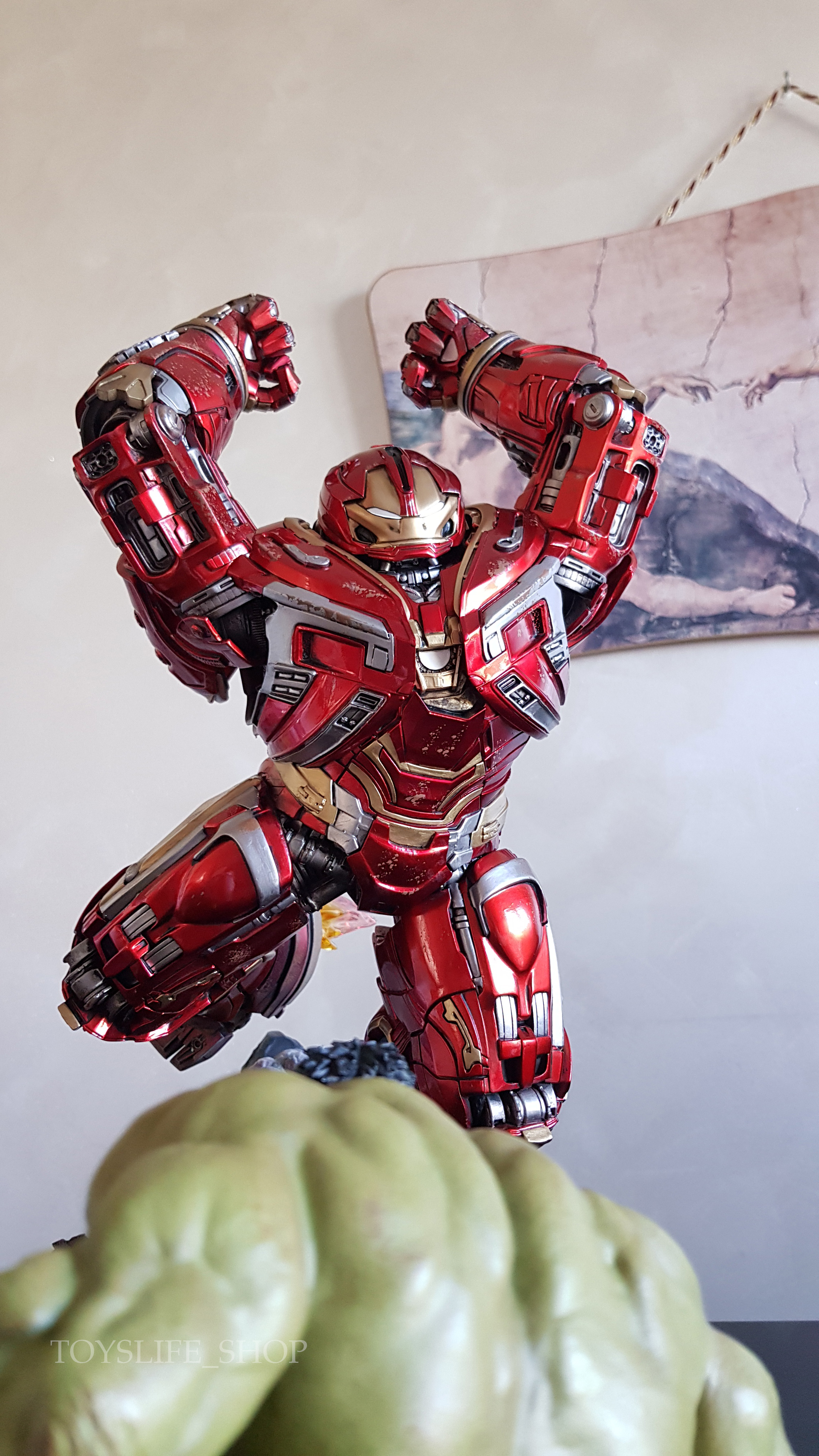 iron-studios-avengers-infinity-war-hulkbuster-1:10-statue-review-toyslife-13