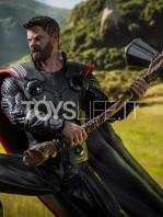 iron-studios-avengers-infinity-war-thor-statue-toyslife-06