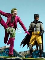 iron-studios-dc-batman-1966-batman-deluxe-1:10-statue-toyslife-15