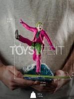 iron-studios-dc-batman-1966-joker-deluxe-1:10-statue-toyslife-10