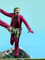 iron-studios-dc-batman-1966-joker-deluxe-1:10-statue-toyslife-12