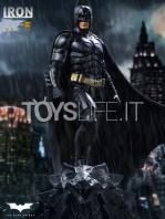 iron-studios-dc-batman-the-dark-knight-batman-110-deluxe-statue-toyslife-icon